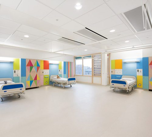 sheffield-childrens-hospital-morag-myerscough-interior-design-uk_dezeen_2364_col_1